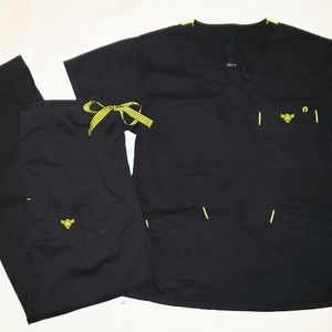 Med Couture Scrub Set in Black w/Yellow detail XSM